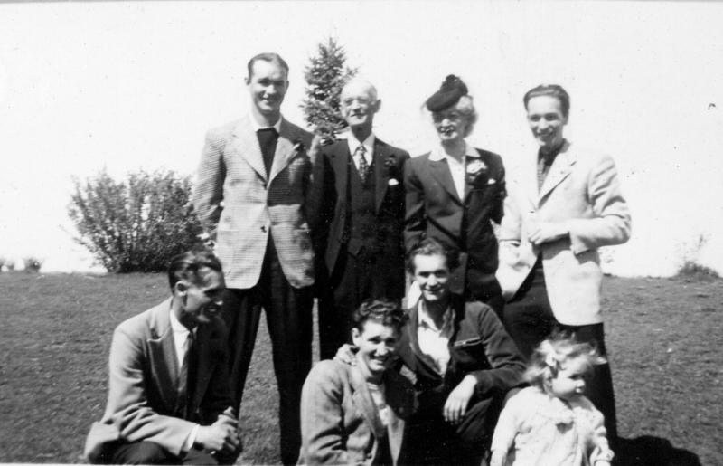 Alfred, Eva, John Barlow, Harold, Holman, Rowe, Morton & Carol